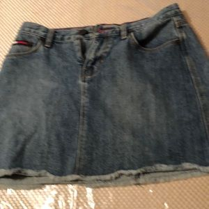 Tommy Hill figure adorable mini skirt size 5